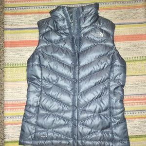Ladies North Face Vest, xs